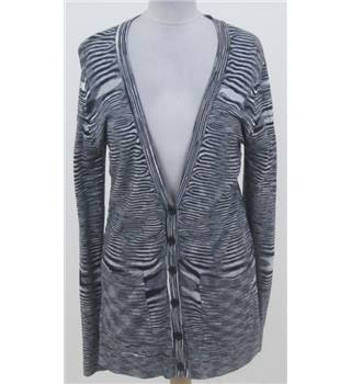 Y of London Size: L grey/cream stripe cardigan