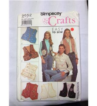 Vintage Simplicity sewing pattern 9652 Simplicity. Unused.