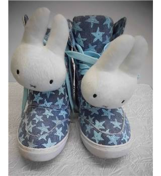 MIFFY Two Percent Collectable High Top Boots Size: 4