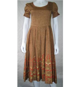 Peruvian Connection - Size: 8 - Brown - Knee length dress