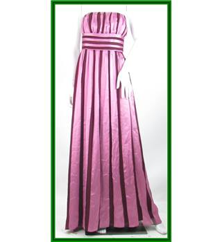 Thread Social - Size: 6 - Fuschia - 100% Silk - Evening dress