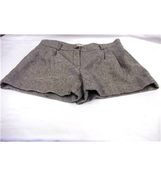 "Boutique by Jaeger - Size: 14"" - Grey Shorts"