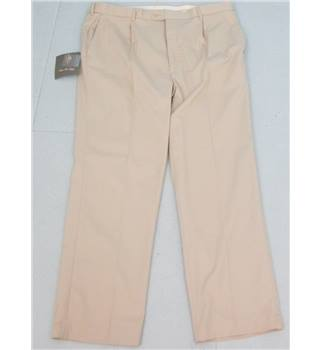 "BNWT Peter Christian size: 42"" cream trousers"
