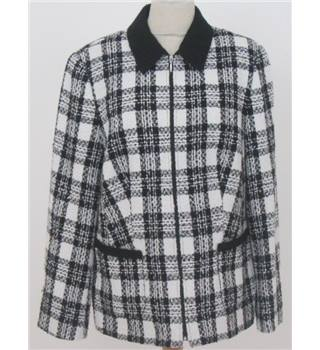 Unbranded Size L black and white checked jacket