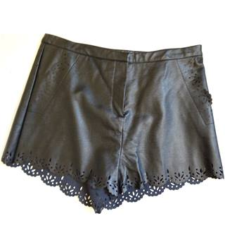 Faux leather shorts Topshop - Size: M - Black
