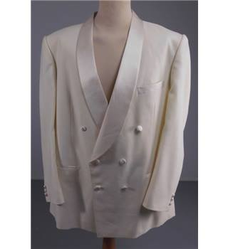 Veena Fashions Size: XL Double Breasted Ivory Tuxedo Jacket