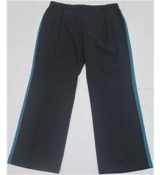 NWOT M&S Autograph size: 16 navy blue trousers