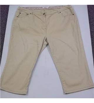 "M & Co - Size: 26"" - Beige - Cropped trousers"