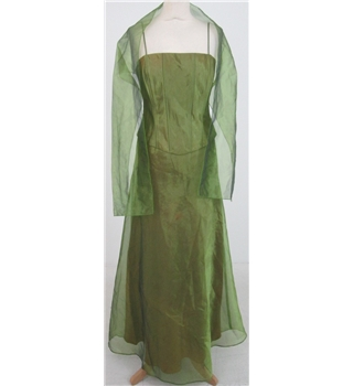 Faber's size: M green evening dress with matching stole