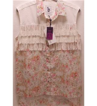 *BNWT Liberty at B Store size: M pink mix floral shirt