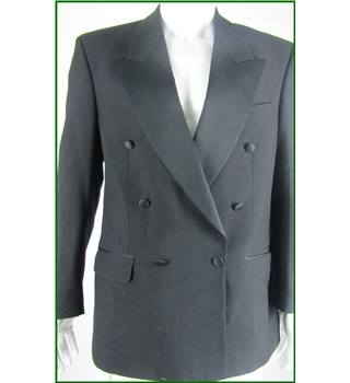 "Moss Bros - Size: 40"" - Black - 100% Wool - Double breasted dinner jacket"