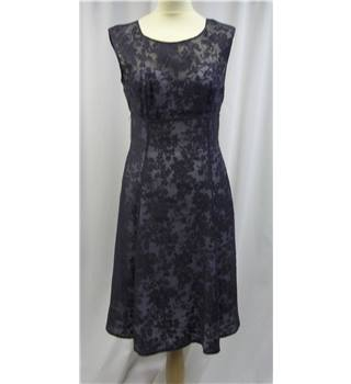 Phase Eight - Size: M - Blue - Dress
