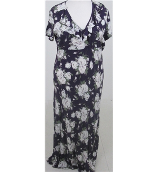 Richards, size L violet/white floral print dress