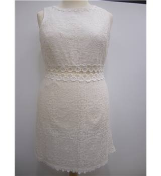 BNWT Topshop Dress - Size: 14 - Cream