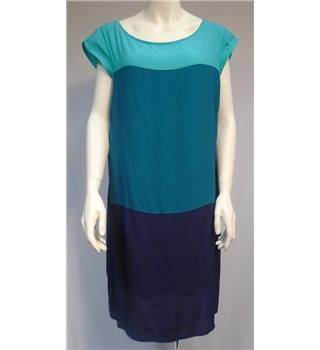 Old Navy- Size XL- Blue- 3 Tone Dress