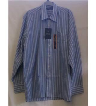 BNWT - MC - Shirt - Size 16.5 - Blue