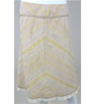 Whistles Size: 10 Beige Chevron Patterm A-Line Skirt