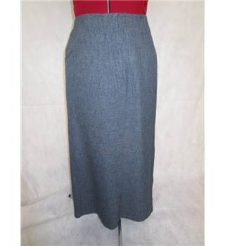 *Cidalia Namora size 10 grey with pocket features skirt