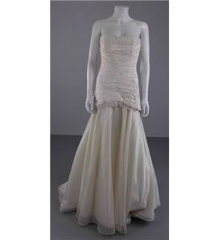 BNWT Chanticleer Size 12 Ivory Strapless Fishtail Bridal Gown