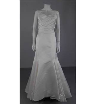Unbranded Size 10 White Strapless Wedding Dress