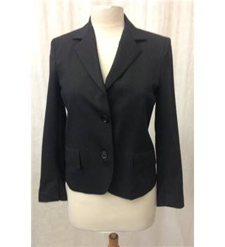 *Nicole Farhi size: 8 black smart jacket