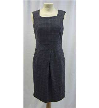 Linea - Size: 10 - Grey - Dress