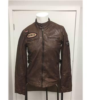 be6f3d6b Men's Leather Jacket by Zara Young, size EUR M, US M, Mex 38 | Oxfam GB |  Oxfam's Online Shop