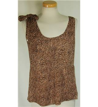 Gap size small brown and tan top
