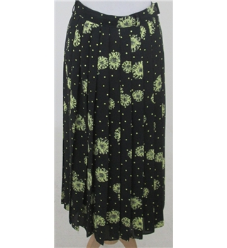 Yarell size: 12 black/yellow floral long skirt