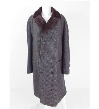 Autumn Crush Collection:  Vintage 1980s Aquascutum Size 24 Earthy Grey Wool Coat With Faux Fur Collar