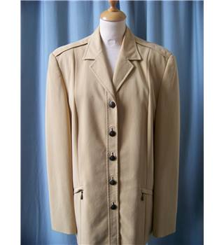 Betty Barclay - Size: 16 - Beige - Smart jacket / coat