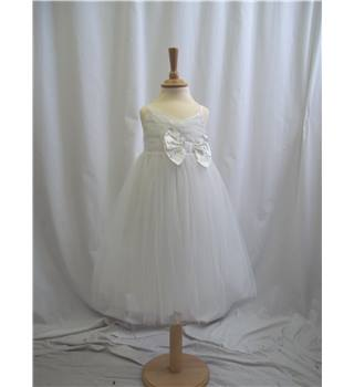 Next Signature - Age 4 - White - Dress /  gown