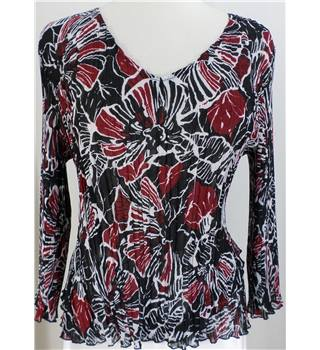 Country Casuals, size M, black/claret/white blouse Country Casuals - Size: M - Black
