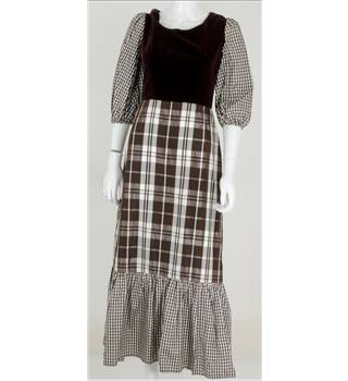 For the Love of Folk Collection: Vintage 1970s Richard Shops Size 8 Brown Gingham Full Length Dress