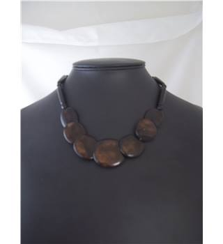 Unbranded - Size: Medium - Wooden - Necklace