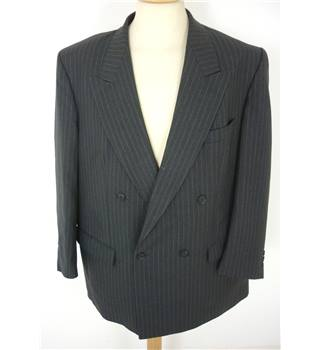 "Burberrys Size: Large, 42"" chest Gunship Grey With Fine Pinstripe Smart/Stylish Wool Designer Double Breasted Designer Jacket."