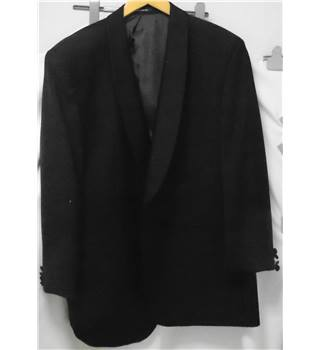 Black John Collier Single Breasted full suit. Size L
