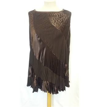 Gina Bacconi poncho - new with tags