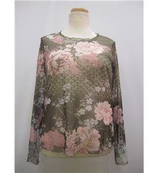 Gerry Weber Size 18 Ladies' Brown Patterned Top Gerry Weber - Size: 18 - Multi-coloured - Long sleeved shirt