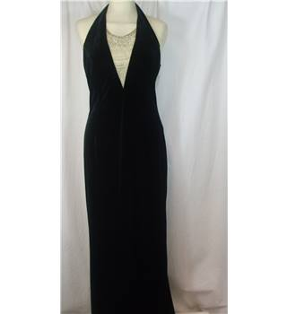 Betsy & Adam  evening dress size... Size: 6 - Black - Evening
