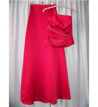Kelsey Rose - Size: 8 - Red - Two piece bustier and skirt set