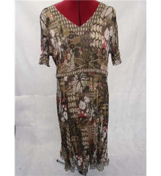 Gerry Weber size: M/L brown / beige dress