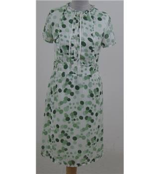 Tribeca size S, light green polka dots dress