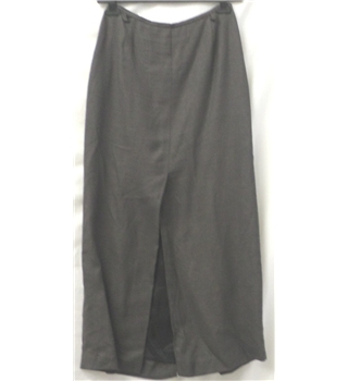 Caractere size: 12 brown long skirt