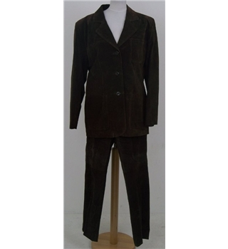Look Fashion, size 14, brown suede trouser suit