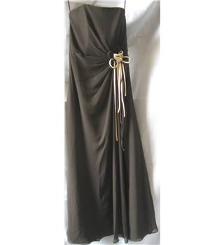 RAYLIA DESIGNS - Size: 6 - Brown - Strapless Corsage Maxi Prom/Bridesmaid Dress