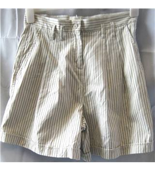"REISS - Size:UK 8/ 29"" - Cream / ivory/brown striped - Cotton & Silk Blend Shorts"