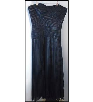 Alexon - size 14 - dress Alexon - Size: 14 - Black - Cocktail dress