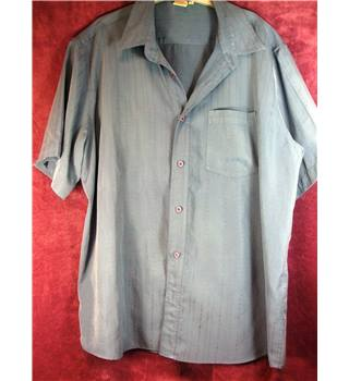 Cotton Traders size XL mens shirt