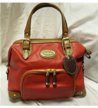 Jasper conran handbag jasper conran size m red for Jasper conran shop